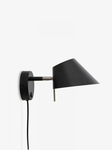 Office-wall-lamp-black-matt-4302